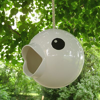 DOT Bird House: So cute! If I were a bird, I would hang out here and only invite cool birds to hang out with me.Birds Feeders, Google Search, Gardens, Cipcip White, Dots, Ceramics Birdhouses, Birds Housesbird, Enamels, Housesbird Feeders