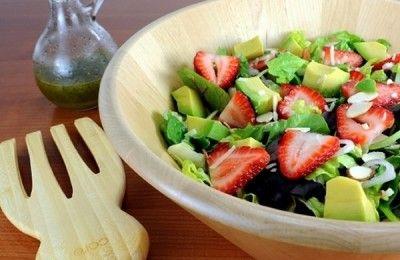 Insalata di fragole e avocado