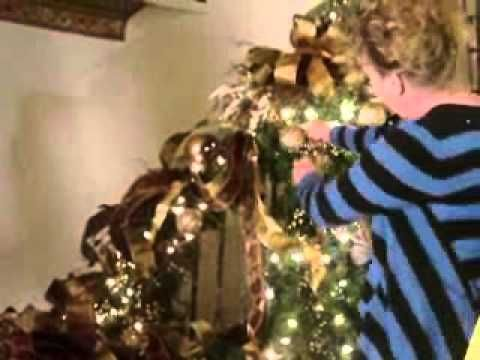 Christmas Decorating How To Decorate A Staircase For