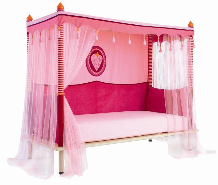 kinder m dchen betten das bett rechts m dchen betten kind mit bettw sche sind einige der. Black Bedroom Furniture Sets. Home Design Ideas