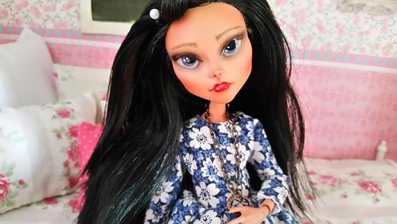 Repainted ooka monster high doll