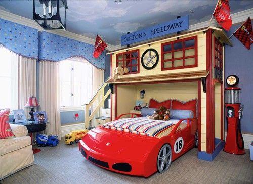 Quarto e cama divertida de carro