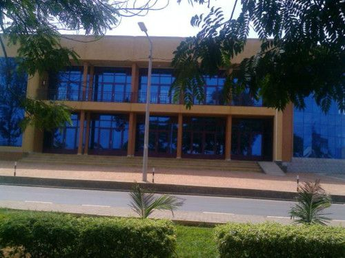 A commercial building for rent in Kigali – Kicukiro The building is good to host offices and / or other commercial activities Rent price: The price is negotiable; the larger space you rent t...