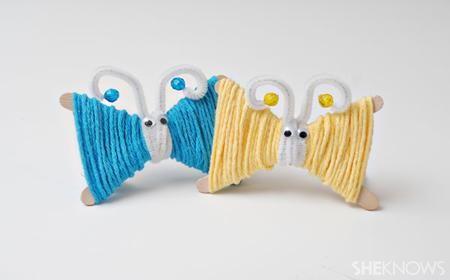Puedes hacer adornos de manera fácil para decorar tu hogar, como las mariposas de lana y palitos de helado que te mostramos el día de hoy; esta una actividad qu