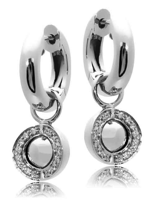 Joy de la Luz | Pendants cz silver/silver + silver creoles  €90,00 + €45,00