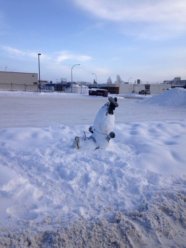 Drunk snowman