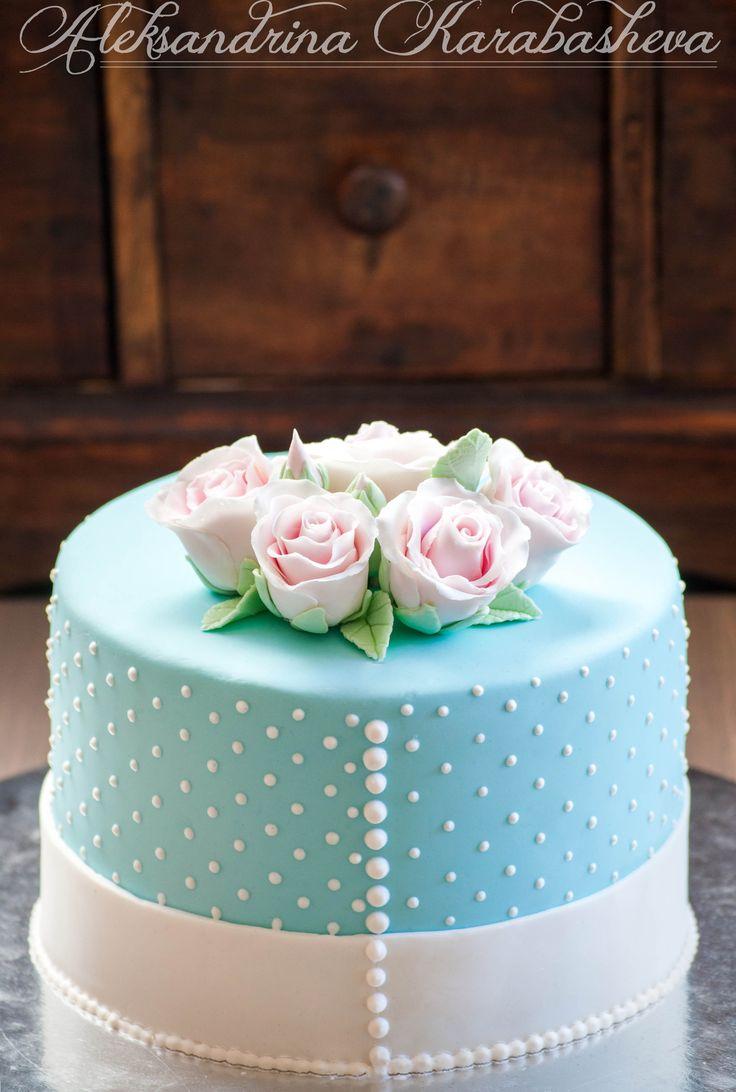 Shabby-chic ladies cake! <3