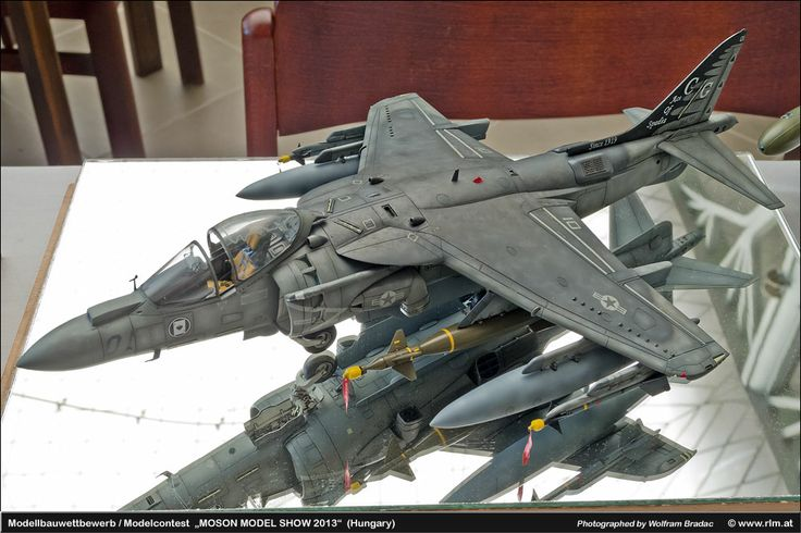 Harrier Jump Jet 1/32 Scale Model