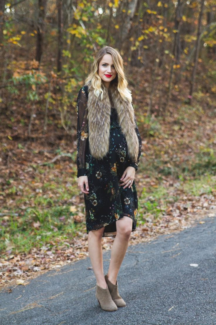 Little Blonde Book by Taylor Morgan   A Life and Style Blog : Dandelion Print Midi Dress