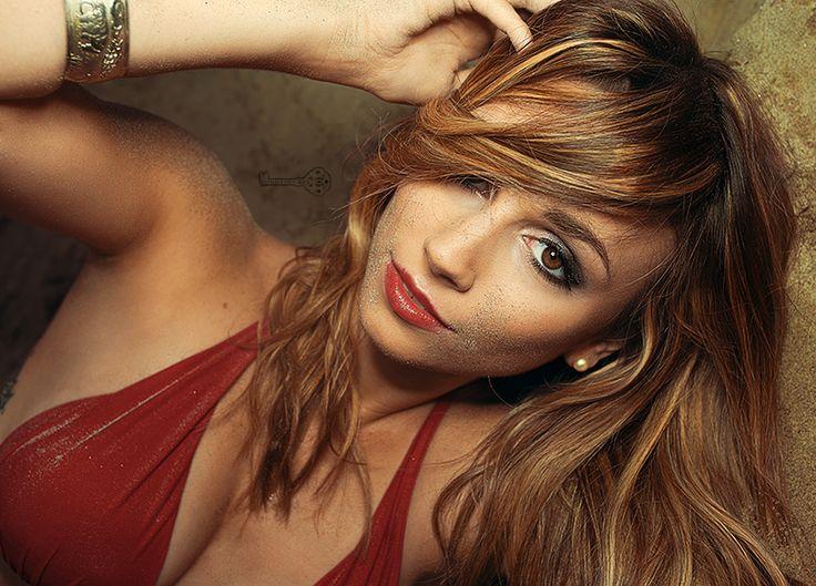 Spielerfrau Christina Raphaella Fotoshooting