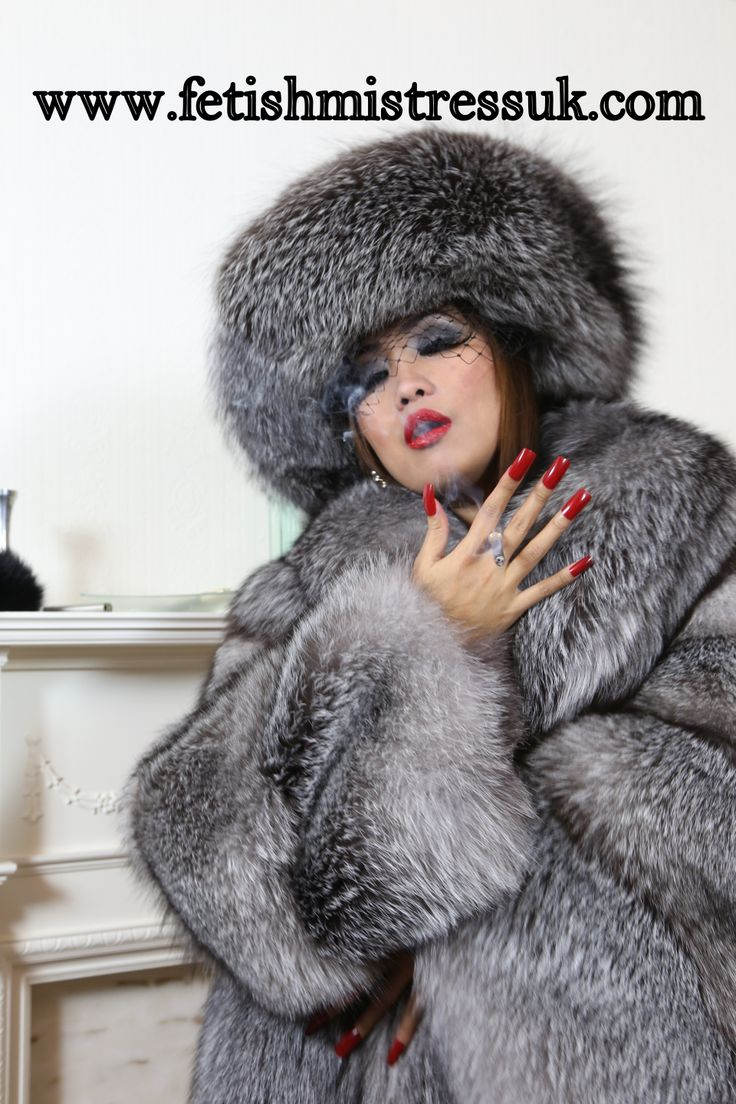 Long Red Nails In Silver Fox Fur's, So Sexy... | Fur ...