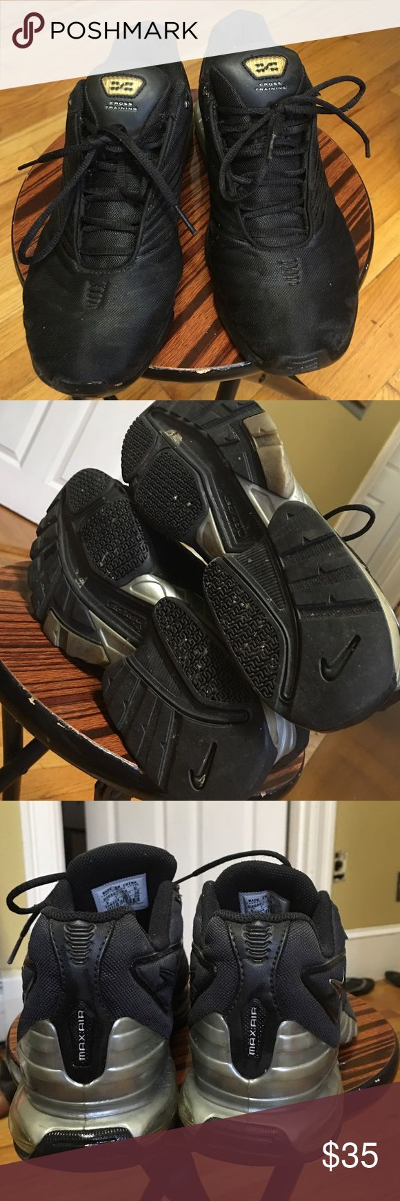 Nike max air  Cross  Training shoes Gentle wear good condition. Size 8 Nike Shoes Sneakers