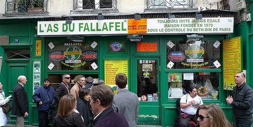 L'As du Fallafel restaurant in the Marais, Paris | parisbymouth.com
