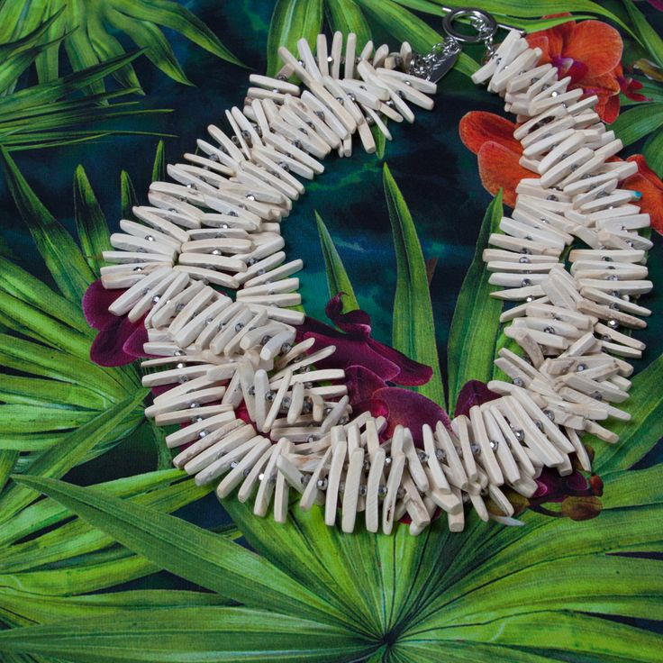 Big prints and bold colours: Pennyblack Spring Summer 2015 Shop now the necklace