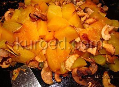 Тыква, печенная с яблоками