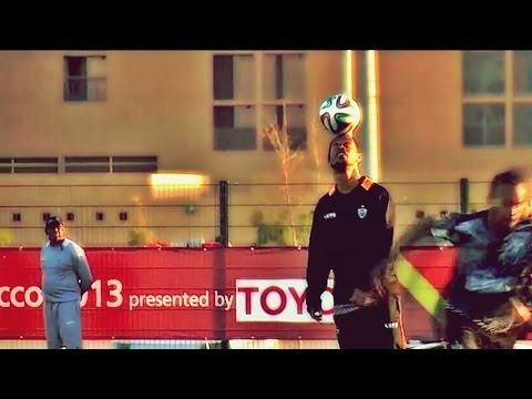 Ronaldinho mostra sua habilidade no Marrocos - http://www.colecaodecamisas.com/ronaldinho-mostra-sua-habilidade-no-marrocos/ #colecaodecamisas #Atleticomg, #Interclubes2013, #Ronaldinho