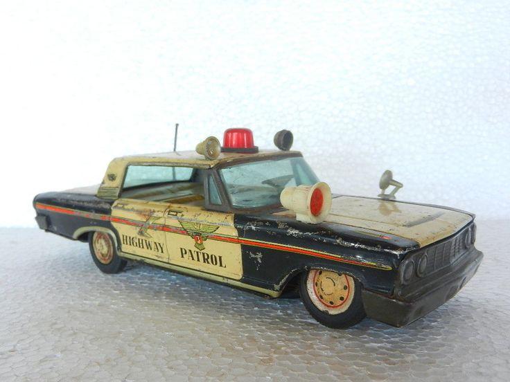 Taiyo Vintage Battery Ford 12.5 '' Highway Patrol Police Tin Car Toy , Japan