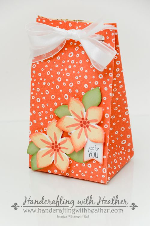 Flower Patch Treat Bag from Stampin' Up! Heather Van Looy, Independent Stampin' Up! Demonstrator in Johns Creek, GA. Follow my blog for more great projects (www.handcraftingwithheather.com).