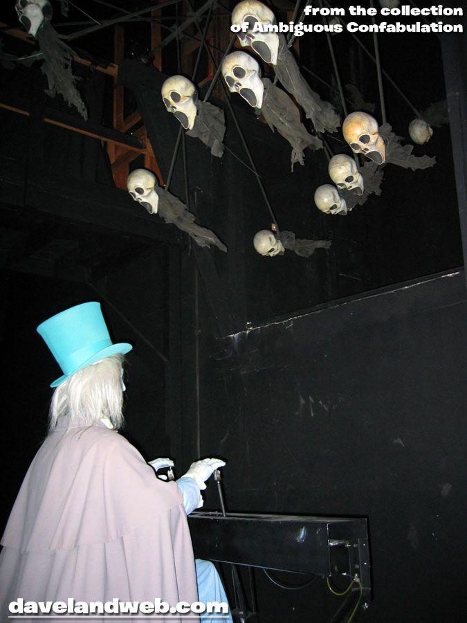 Davelandblog: Freaky Fridays @ The Haunted Mansion: The Ballroom (beware scene spoilers!)