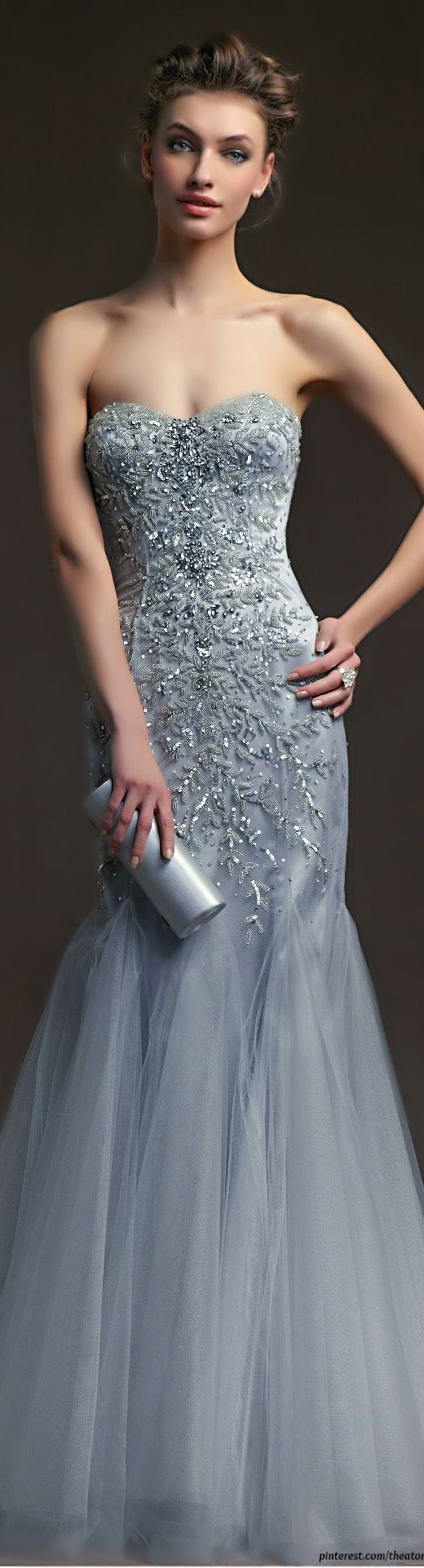 elegant beading, sweetheart neckline wih mermaid style in silver. #dress gorgeous