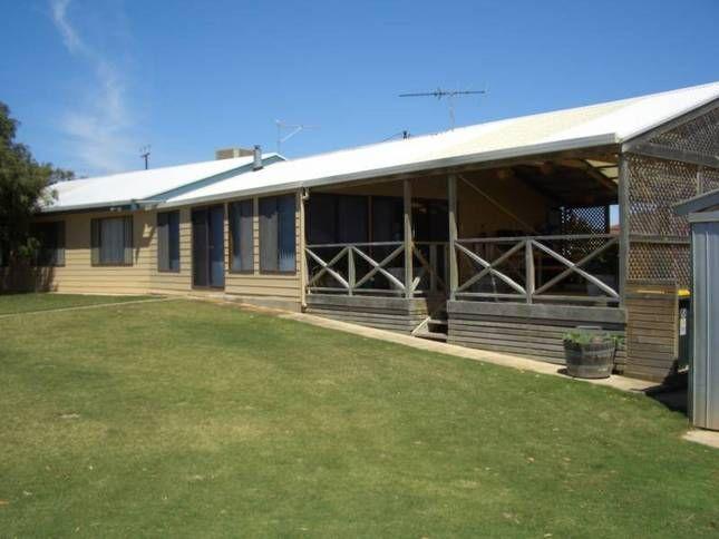 Barn Ta Lay   Port Vincent, SA   Accommodation