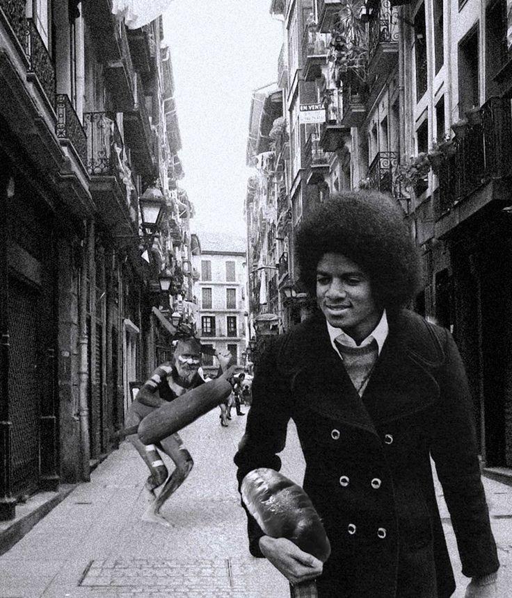 Tal Viernes Negro como hoy, Mikel Jackson comprando unos bollos con mantequilla en #Bilbao.