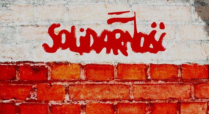 Solidarność murem za Morawskim - mała i krzykliwa grupka pracowników, traktuje Teatr Polski we Wrocławiu jako swoją własność.
