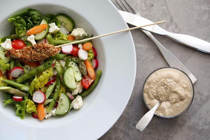 Gomadressing, sesamkylling og salat - http://www.mytaste.dk/o/gomadressing--sesamkylling-og-salat-21083838.html
