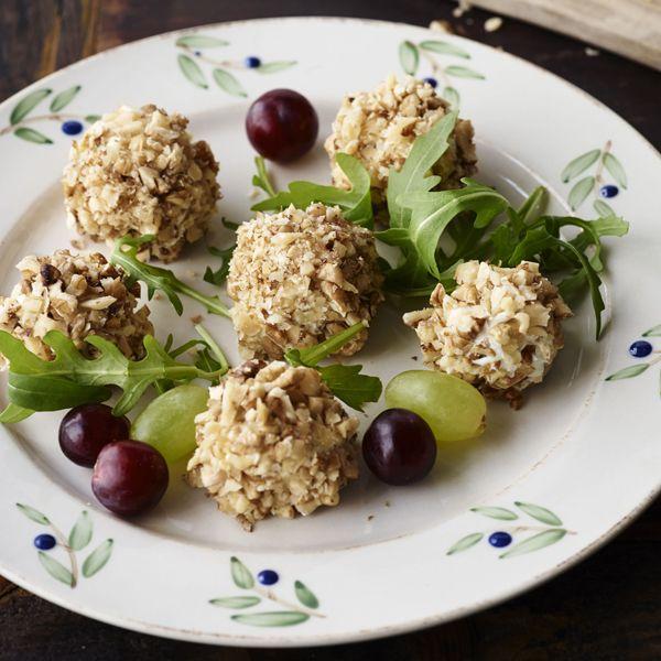 Bocconcini med druer og gorgonzola