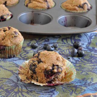 Blueberry Zucchini Muffins | www.nutritiouseats.com