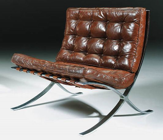 <strong>Barcelona Chair</strong>  <strong> Ludwig Mies van der Rohe</strong>   <strong>1929</strong>