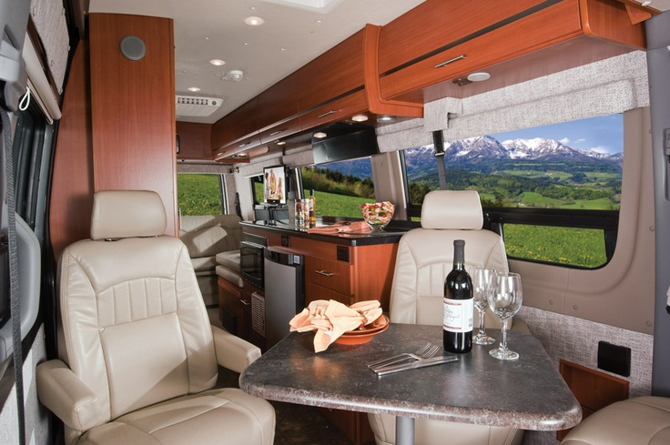 Winnebago touring coach motorhomes 2012 era lounge for Mercedes benz touring coach