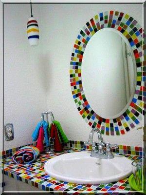 cerâmica pastilhada no banheiro #dicaserraforte  #NaSerraForteTem  #pastilha  #colorido  #espelho