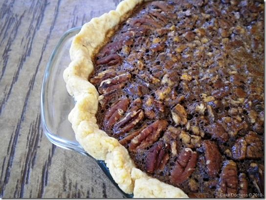 chocolate espresso pecan pie and a delicious #Thanksgiving roundup!