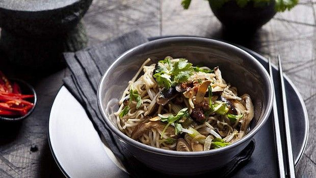 Karen Martini's egg noodles with shitake and bacon. Ideal for a quick dinner.