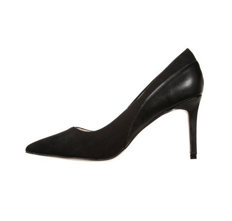 Sposób na bolące stopy w szpilkach, porady, szpilki, buty na obcasie, szpilki na wiosnę, czarne szpilki