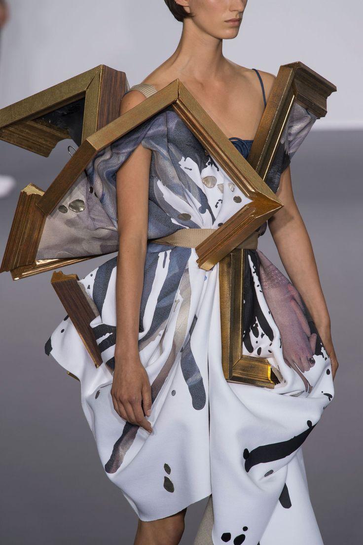Viktor & Rolf at Couture Fall 2015 (Details) | Art Gallery, work of art.  // Fashion details | Menswear | Womenswear | Catwalks