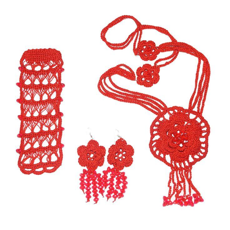 Compralo aquí -> http://ctejidas.mercadoshops.com.co/collar-aretes-pulsera-de-flores-76942848xJM