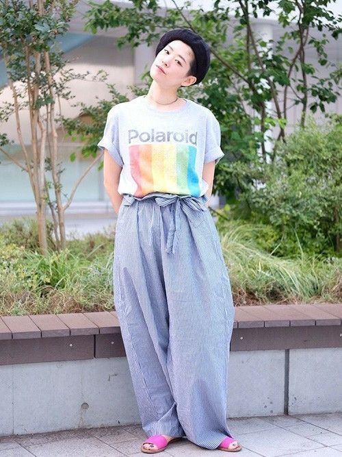 カメラ小僧  ポラロイドTシャツ (Gap/Color:グレー/¥3,900/ID:814967/着用サイズ:L) ボトムス (ROKU) ハット (Ciaopanic) サンダル (Gap/販売終了)  ■Gap 新宿Flags店 http://mobile.gap.co.jp/stores/sp/store.php?shopId=36163816 ■オンラインストアはこちら http://www.gap.co.jp/browse/subDivision.do?cid=5643 ■GapストアスタッフコーデをWEARで見る(Women) http://wear.jp/gapjapan/