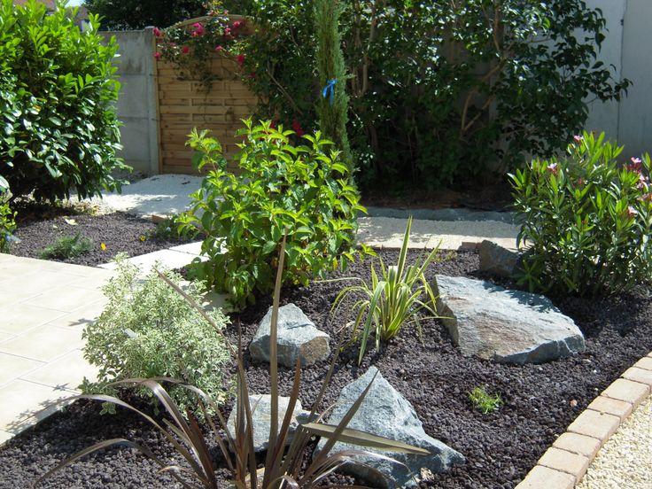 Massif de v g taux jardins cour terrasse pinterest for Idee deco jardin exterieur