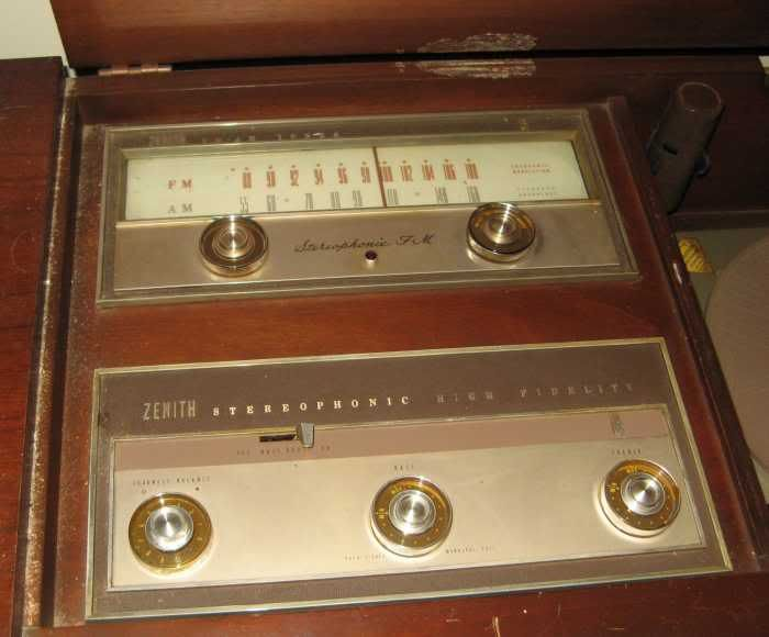 Zenith Console Stereo Turntables | 1960 Zenith Stereo Console. | Vintage  Electronics | Pinterest | Consoles And Antique Radio