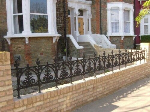 Pin By Simona Mar On Fence Garden Railings Victorian