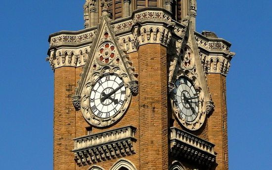 THE WORLD GEOGRAPHY: 10 Famous Clock Towers From Around the World