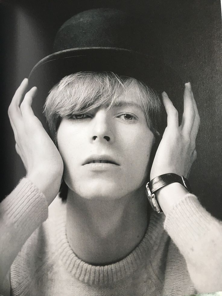 """bowieakajohn: """"goblin-stardust-47: """" wingedbelievereagle: """" missadler1897: """" From 'Bowie Unseen' by Gerald Fearnley. [MY PHOTO] """" """" Fetus Bowie """" I love this lil London Boy!"""