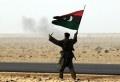 Un groupe libyen armé a kidnappé, samedi après-midi, cinq Tunisiens qui faisaient du commerce d'hydrocarbures. Les cinq tunisiens ont été kidnappées avec leurs voitures et leur marchandise dans la zone d'El Guessim, située sur la frontière tuniso-libyenne, près du point de passage de Ras Jédir, selon des informations fournies par des sources sécuritaires dans la [...]