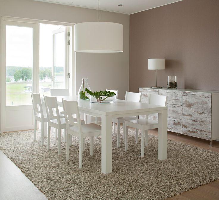Luoto-pöytä, Tuuli-tuolit, Saaristo-senkki, Nice-pöytä- ja kattovalaisimet