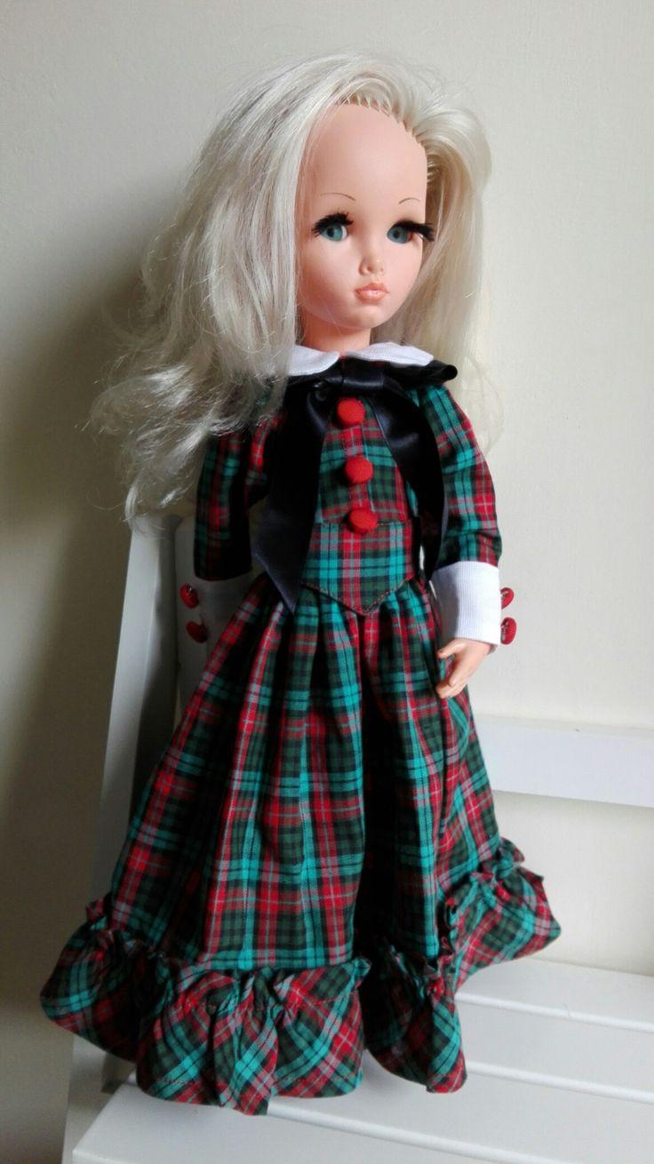 """Sheila con abito """"Jeanne"""" dal Catalogo Furga Alta Moda 1967 (mia riproduzione)"""