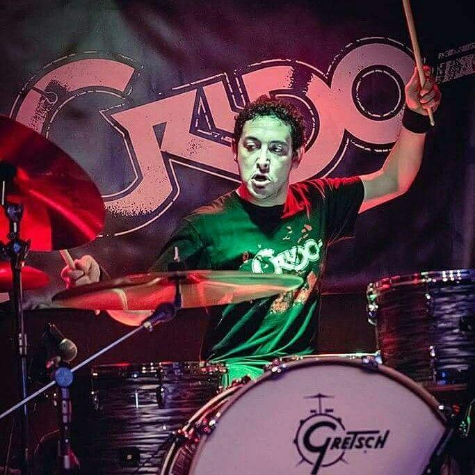 SERGIO ALVAREZ. CRUDO. Www.somoscrudo.com