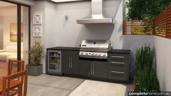 An alfresco kitchen from MyAlfresco.