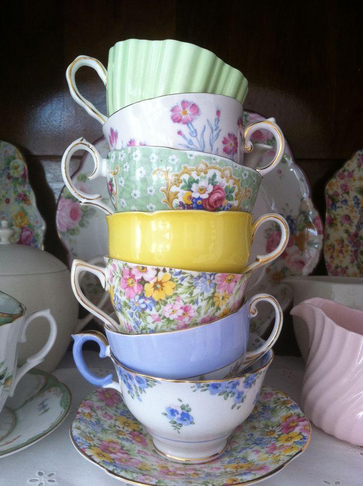 My teacups #porcelain #porcelana